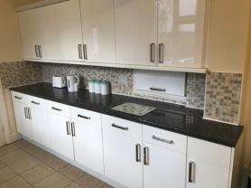 BraunstoneAve-kitchen