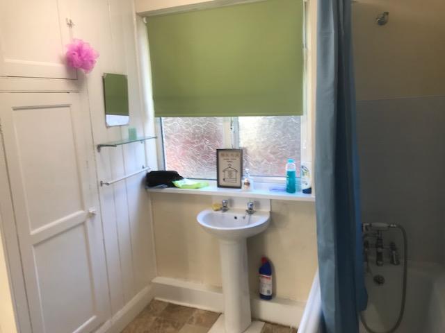 braunstone-ave-bathroom